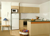 Beachside Holiday Apartments - Kitchen