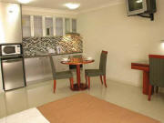 Comfort Inn & Suites Burwood - Suite with Kitchenette