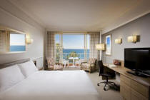 King Room -Crowne Plaza Terrigal