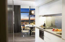Fraser Suites Sydney - Kitchen and Dining