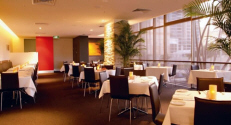 Holiday Inn Surfers Paradise - Restaurant