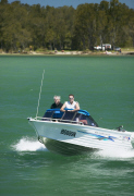 Hunter Valley - Boating on Lake MacQuarie
