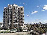 Meriton Bondi Junction Apartment - Sydney Hotels and ...