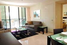 Lounge / Living Room - Meriton Pitt Street Apartments