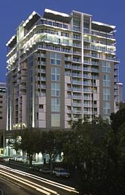 oaks embassy adelaide adelaide hotels and accommodation. Black Bedroom Furniture Sets. Home Design Ideas
