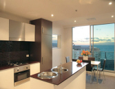 Oaks Liberty Towers Adelaide - Kitchen