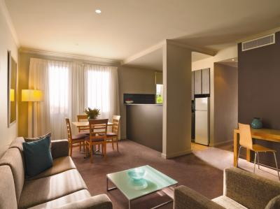 Adina Apartment Hotel Chippendale Two Bedroom