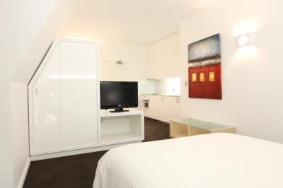 Morgans Boutique Hotel Deluxe Studio Apartment